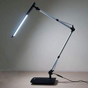 Настольная лампа с классом защиты 0